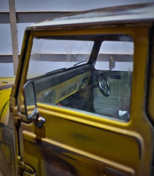 Interior shot - dash and door trim.jpg