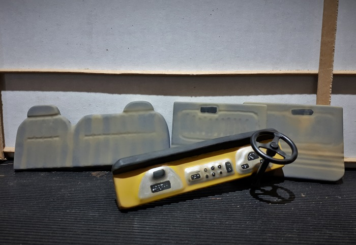 Vacuum formed basic styrene interior - painted.jpg
